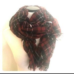 Anthropologie scarf black/ red